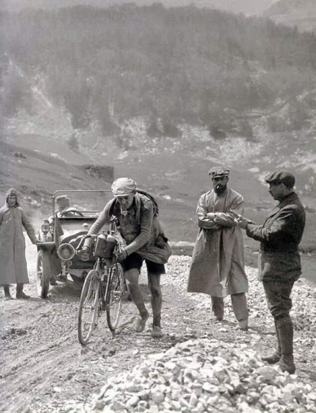 Tour de France 1910 - Octave Lapize on Col du Tourmalet
